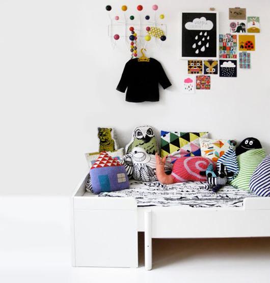 Подушки-игрушки в детскую комнату