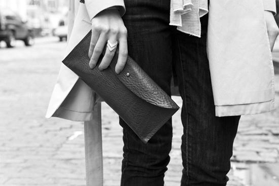 Клатч-конверт из кожи