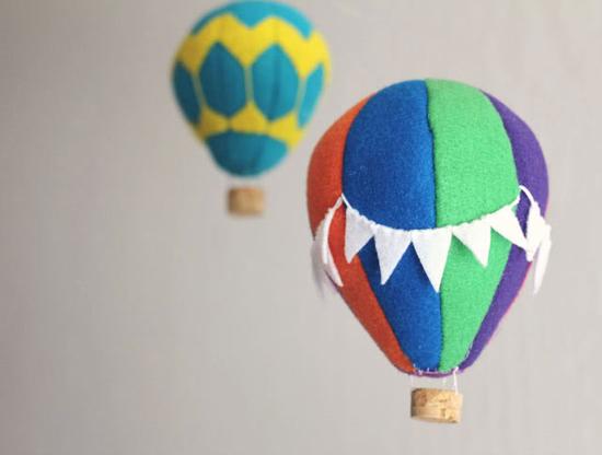 Подвесные игрушки для украшения детской комнаты