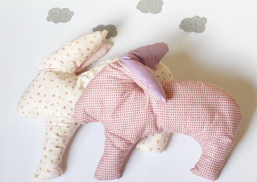Подушка-игрушка под шею зайчик