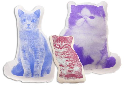 Подушка-игрушка с принтом котят