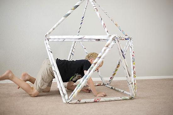 Детские игры в конструктор из газетных блоков