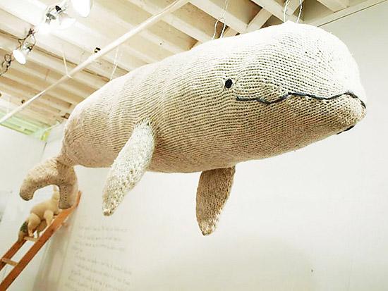 Игрушка кит для декора детской