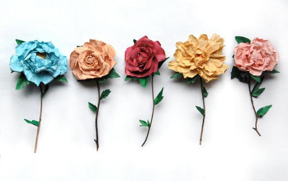 Розы из оберточной бумаги своими руками 53