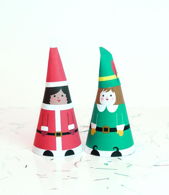 шаблоны кукол из бумаги с рождественскими костюмами