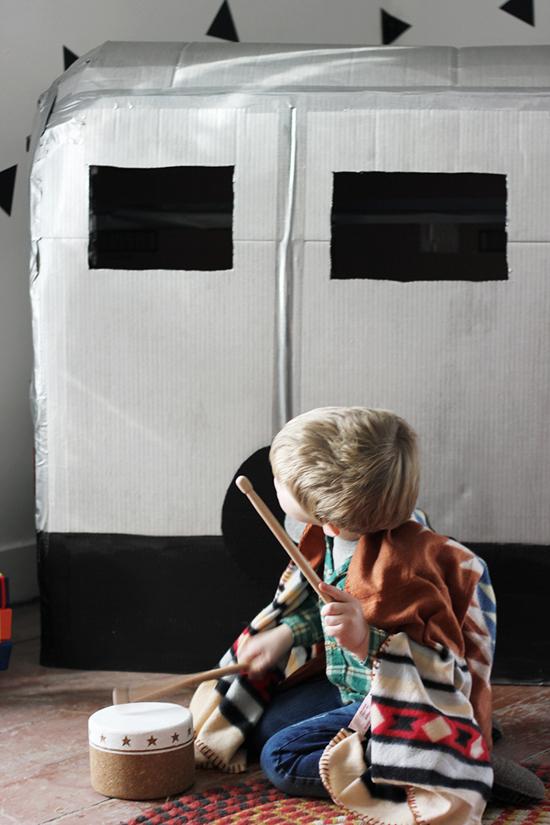 как сделать домик-фургон для ребенка своими руками
